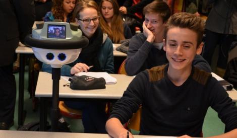 Robot-téléprésence-lycée